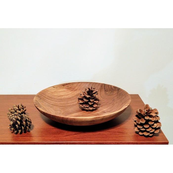 Дървена дълбока чиния от орех gora.bg 005P