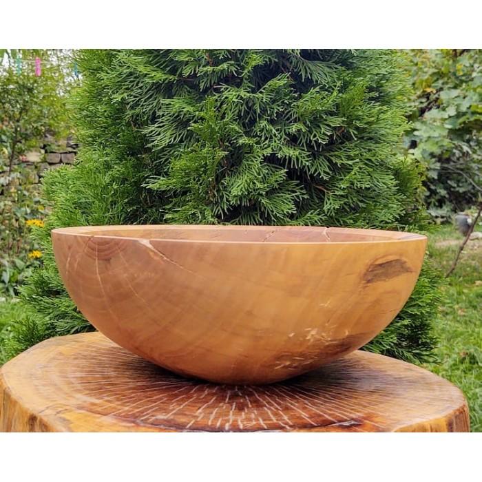 Голяма дървена купа от орех със следи от дървояд gora.bg 031 B