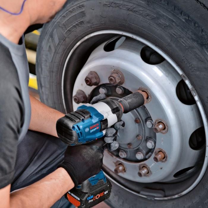 """Гайковерт акумулаторен ударен безчетков 18 V, 1050 Nm, 3/4"""", Bosch GDS 18V-1050 H"""