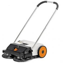 STIHL KG 550 Компактна механична метла за лична употреба, за почистване около дома