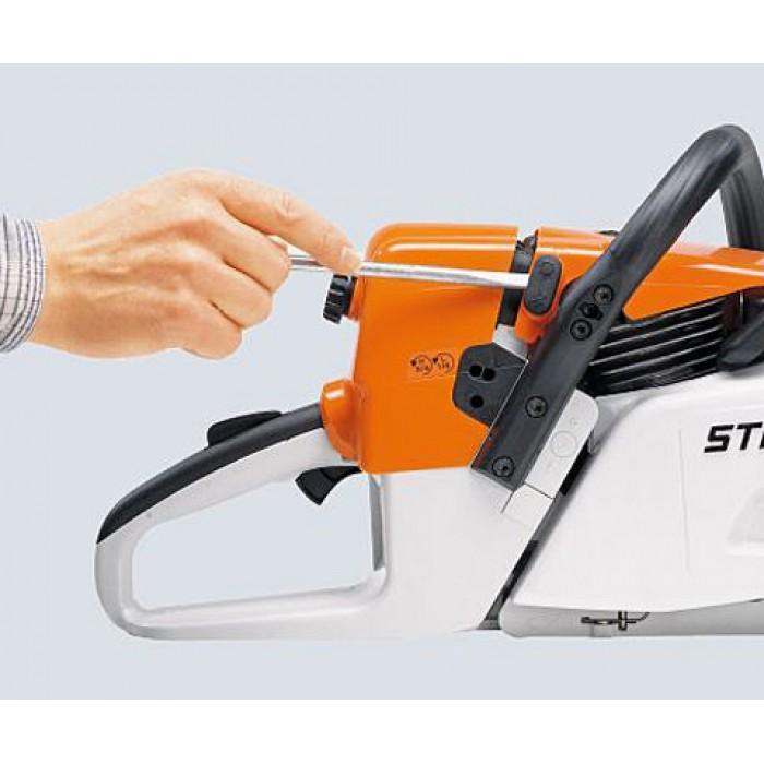 Бензинов трион (2,2 kW) с устройство за бързо опъване на веригата и ErgoStart STIHL MS 251 C-BE